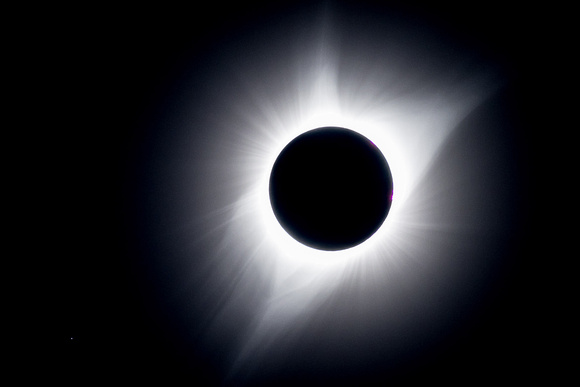 Totality and the Streaming Particles